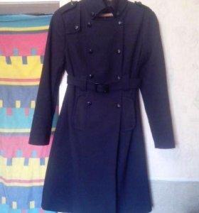 Пальто фирмы Befree осень- весна