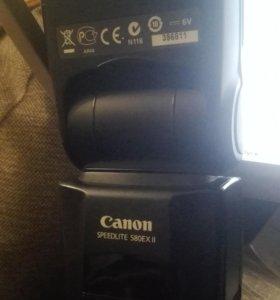 Фотовспышка Canon