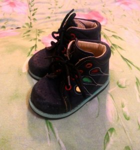 Ботинки  Cat's
