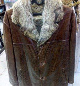 Кожаная новая куртка на натуральном меху