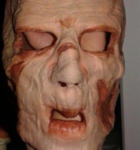 Латексная маска