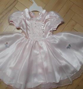 Платье нарядное для маленькой принцессы
