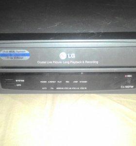 Видеомагнитофон LG cl182tw