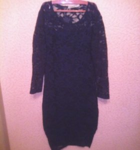 Платье темно- синие ажурное