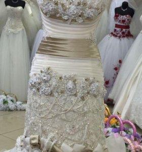 Новое. Свадебное платье