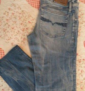 Продаю джинсы Diesel