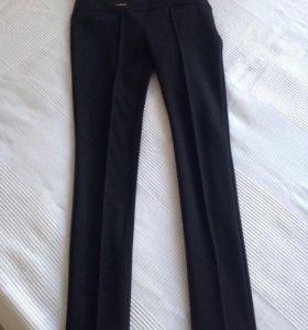 Новые брюки 44р