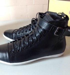 Стильные демисезонные ботинки Louis Vuitton