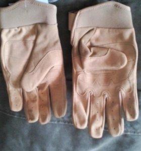 Перчатки EDGE