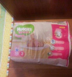 Подгузники-трусики Huggies для девочек 3
