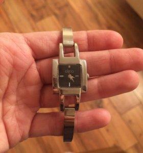 Gucci часы оригинал италия
