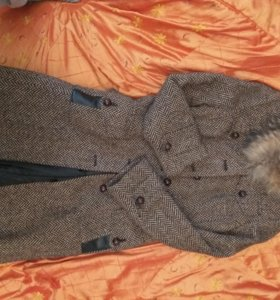 Пальто осенне-зимнее на подкладке