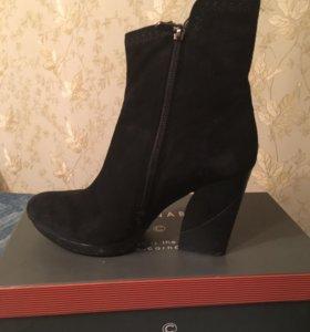 Зимние ботинки carnabi
