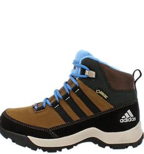 Новые зимние ботинки отадидас оригинал