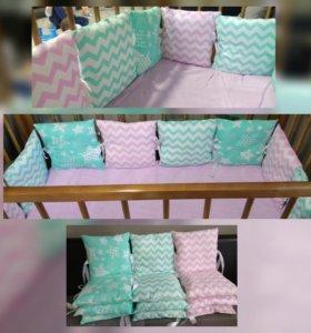 Бортики в кроватку и бомбон одеяла ручной работы