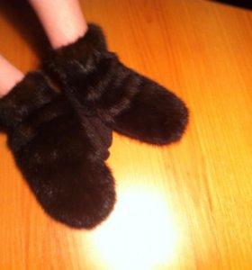Новые рукавички из норки стк!!