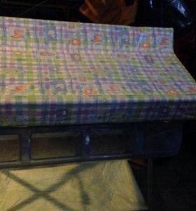 Столик пеленальный +ванночка фирма Cam