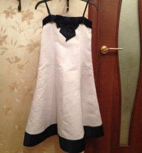 Празднечное платье с накидкой 122-128