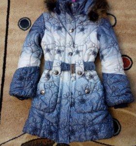 Зимнее пальто на девочку.