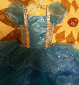 Шикарное платье в идеале,праздничное для девочки