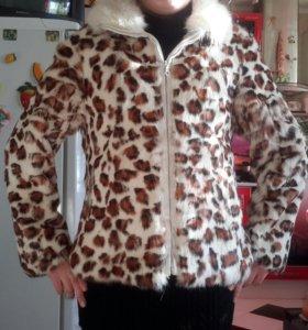 Новая меховая куртка, кролик.