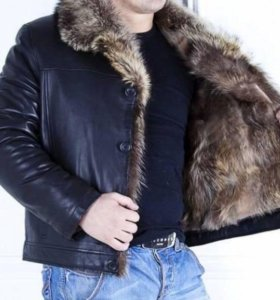 Куртка кожаная зимняя с мехом горного козла.