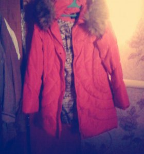 Продам срочно куртку купила за 2500 продам за 1500