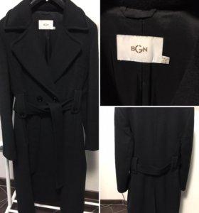 Тёплое женское пальто BGN