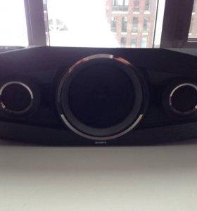 Портавивная Bluetooth-колонка Sony GTK-N1BT
