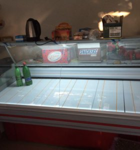 Холодильник витриный новый