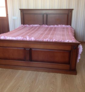 Кровать 1,6*2 из массива дуба