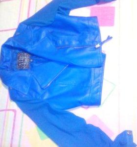 Курточка с шифоновыми рукавами
