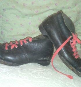 Ботинки лыжные 38 размер