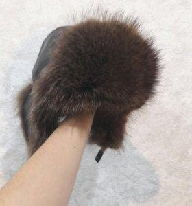 Мужская кожаная шапка