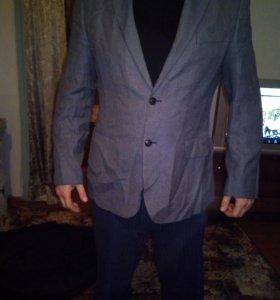 Мужские пиджаки в отл состоянии