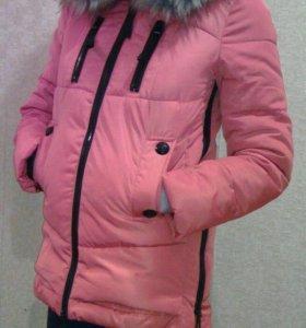 Пуховик женский зимний,размер 44-46.