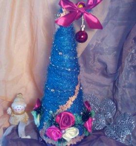 Декоративные новогодние ёлочки