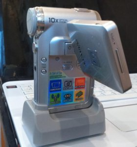 Цифровая видео камера Samsung