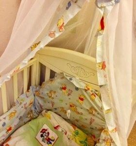 Бортики и накидка на детскую кроватку