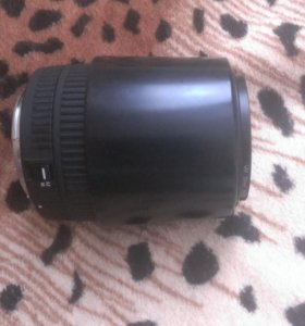 Объектив на кенон, sigma zoom EF 55-200mm