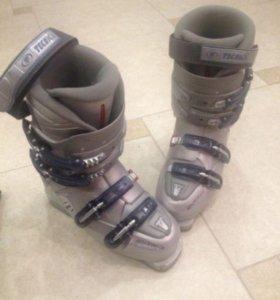 Горнолыжный ботинки Tecnika