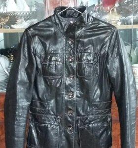 Женская куртка-пиджак