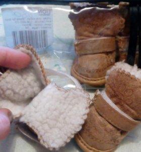 Ботиночки на небольшую собачку