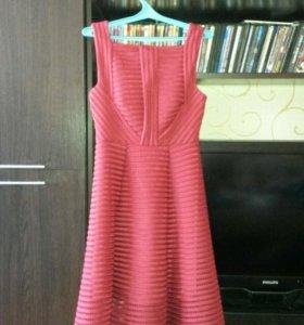 платья  новое.