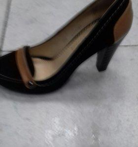 Туфли раз 40 новые