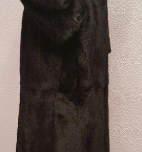 Шуба норковая, с капюшоном