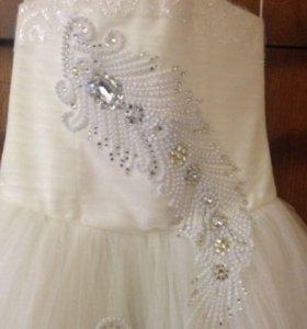 Платье для девочки . Платье