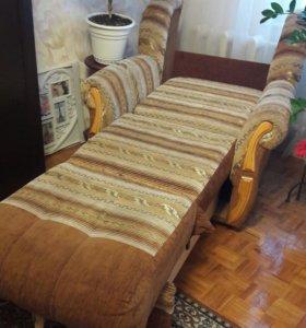 Мебель. Кресла 2 шт. Диван.