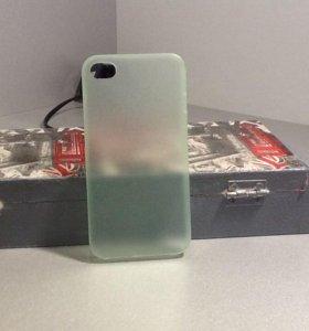 Чехол на iPhone 4 и 4s
