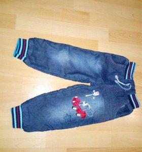 Теплые джинсы на 3 года